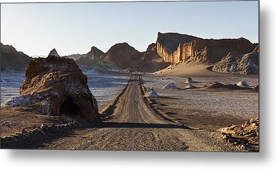 El Valle De La Luna  Valley Of The Moon Metal Print by Keith Levit