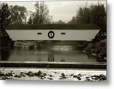 Elizabethton Covered Bridge Metal Print by Jeff Severson