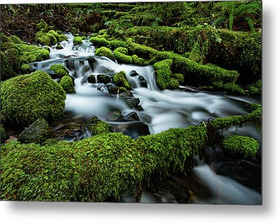 Emerald Flow Metal Print
