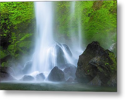 Metal Print featuring the photograph Enchanted Elowah by Mike Lang
