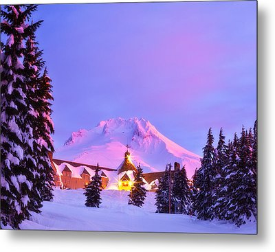 End Of The Year Metal Print by Darren  White