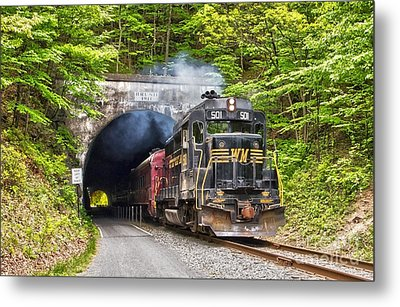 Engine 501 Coming Through The Brush Tunnel Metal Print