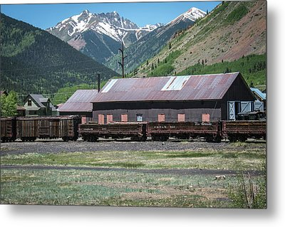 Metal Print featuring the photograph Entering Silverton by Colleen Coccia