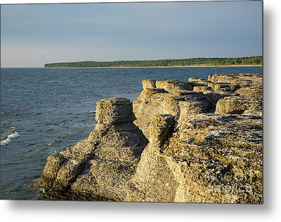 Metal Print featuring the photograph Eroded Cliff Formations by Kennerth and Birgitta Kullman