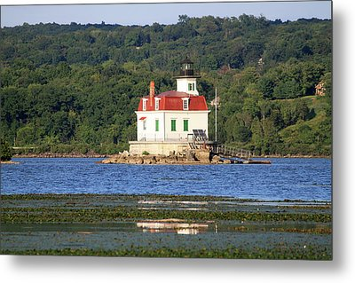 Metal Print featuring the photograph Esopus Lighthouse In Summer #4 by Jeff Severson