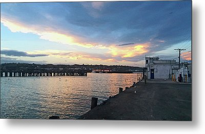 Metal Print featuring the photograph Evening At The Bay by Nareeta Martin