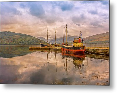 Evening At The Dock Metal Print by Roy McPeak
