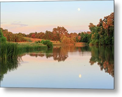 Metal Print featuring the photograph Evening At The Lake by David Chandler