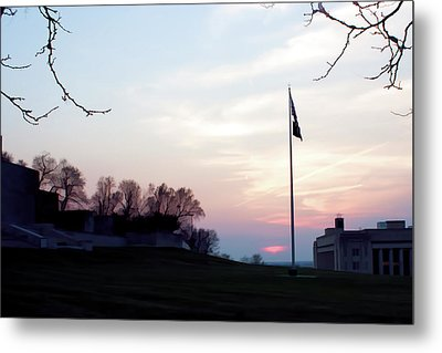 Evening At The Memorial Metal Print