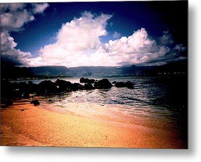 Metal Print featuring the photograph Evening Beach Hawaiian Style by Judyann Matthews