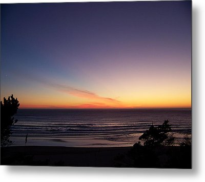 Metal Print featuring the photograph Evening Comes by Angi Parks