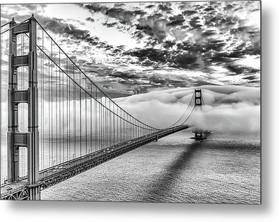 Evening Commute Black And White Metal Print by Dave Gordon