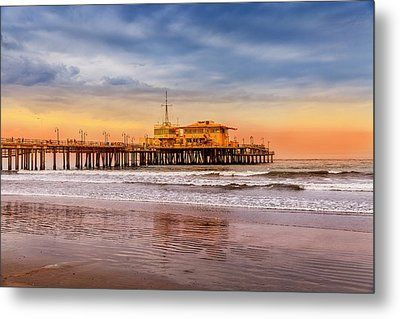 Evening Glow At The Pier Metal Print