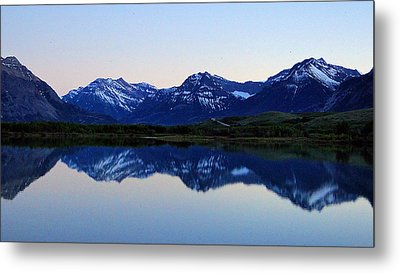 Metal Print featuring the photograph Evening Reflection by Blair Wainman