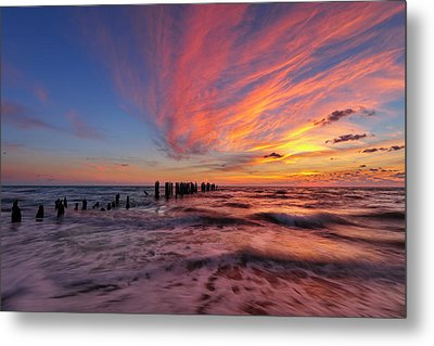 Metal Print featuring the photograph Evening Rush by Mike Lang