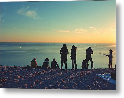 Evening Silhouettes At Lake Michigan Overlook Metal Print