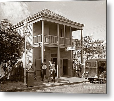 Everyone Says Hi - From Pepes Cafe Key West Florida Metal Print by John Stephens