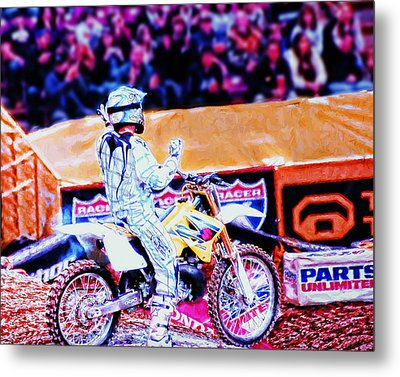 Exciting The Crowd Metal Print by William Havle