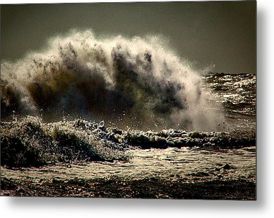 Explosion In The Ocean Metal Print by Bill Swartwout