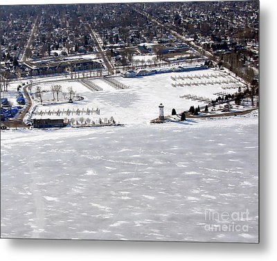 F-002 Fond Du Lac Wisconsin Harbor Winter Metal Print by Bill Lang