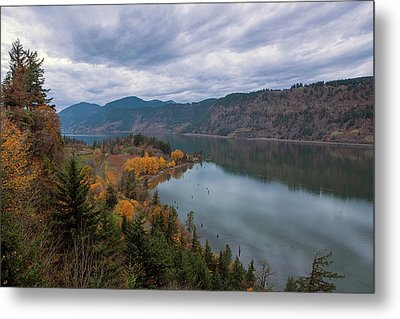 Fall Color At Ruthton Point In Hood River Oregon Metal Print