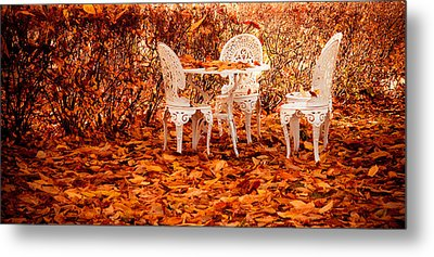 Fall In The Garden Metal Print by Maggie Terlecki
