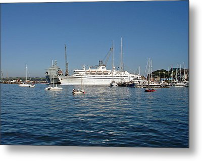 Falmouth Harbour Metal Print by Rod Johnson