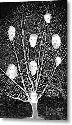 Family Tree Metal Print by Diamante Lavendar