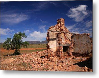 Farmhouse Cottage Ruin Flinders Ranges South Australia Metal Print by Ralph A  Ledergerber-Photography