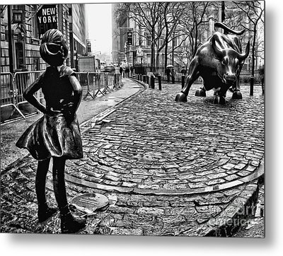 Fearless Girl And Wall Street Bull Statues 3 Bw Metal Print