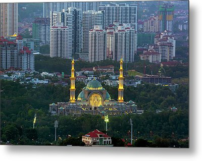 Federal Territory Mosque Metal Print by David Gn