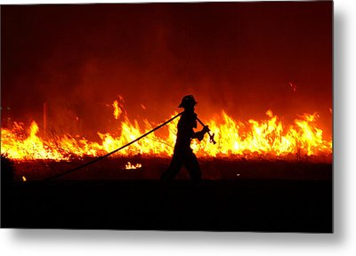 Fighting The Fire Metal Print by Linda Unger