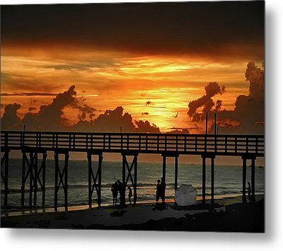 Fire In The Sky Metal Print by Bill Cannon