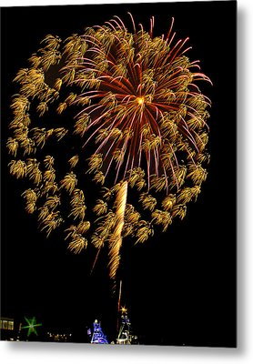 Metal Print featuring the photograph Fireworks 10 by Bill Barber