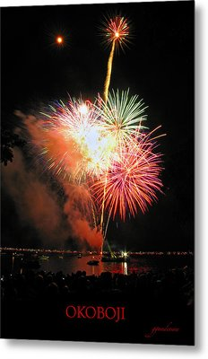 Fireworks At Lake Okoboji Metal Print by Gary Gunderson