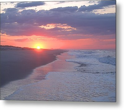 Metal Print featuring the photograph First Daylight by Newwwman