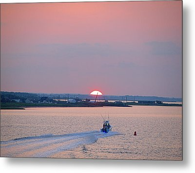 First Light Metal Print by  Newwwman