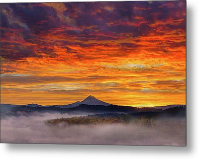 First Light On Mount Hood During Sunrise Metal Print