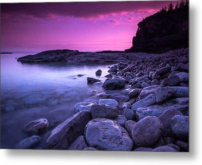 First Light On The Rocks At Indian Head Cove Metal Print