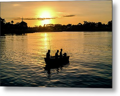 Fishing In Auckland Metal Print