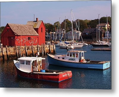 Fishing Shack Metal Print by John Scates