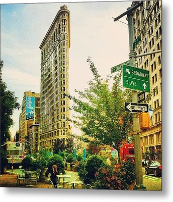 Flatiron Metal Print by Luke Kingma
