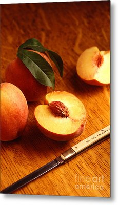 Flavorcrest Peaches Metal Print by Photo Researchers