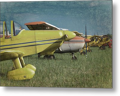 Metal Print featuring the photograph Flightline by James Barber