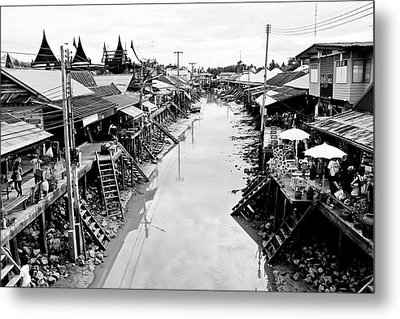 Floating Market In Thailand Metal Print by Sarayut Mathavetchathum