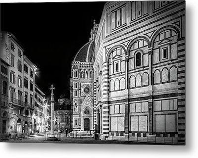 Florence Saint Mary Of The Flowers And Baptistery In Monochrome Metal Print by Melanie Viola