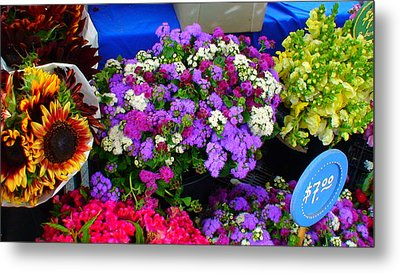Flowers At Union Station Market Metal Print by Angela Annas