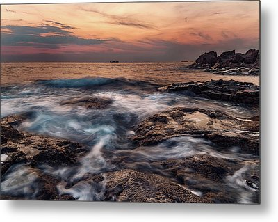 Flowing Waters Metal Print