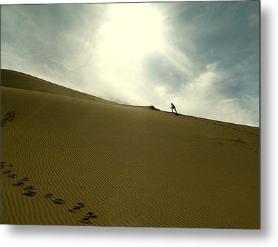 Footprints In The Sand Metal Print by Diane Height