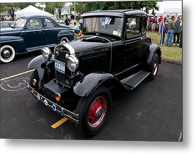 Ford 2102 Metal Print by Guy Whiteley